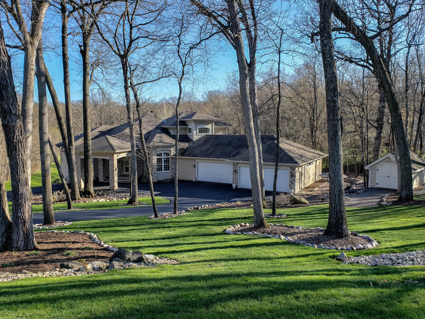 1303 Holian Drive, Spring Grove, Il 60081