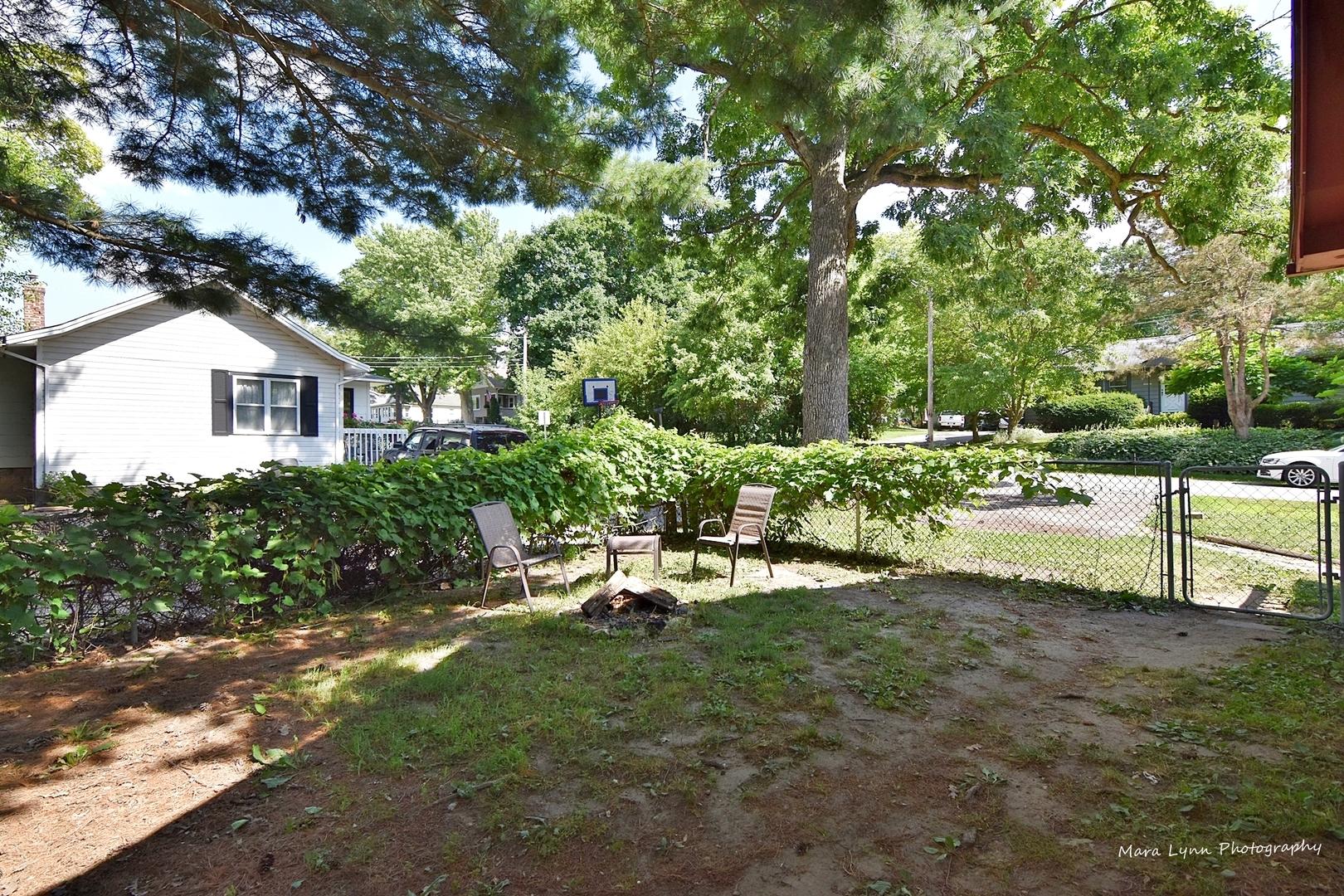 35W392 Lambert, ST. CHARLES, Illinois, 60174