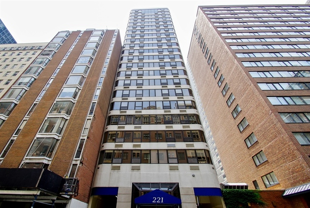 Property for sale at 221 East Walton Place Unit: 12B, Chicago-Near North Side,  IL 60611