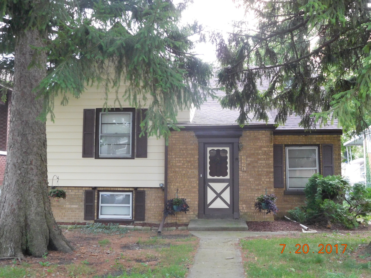 Property for sale at 3324 Sunnyside Avenue, Brookfield,  IL 60513