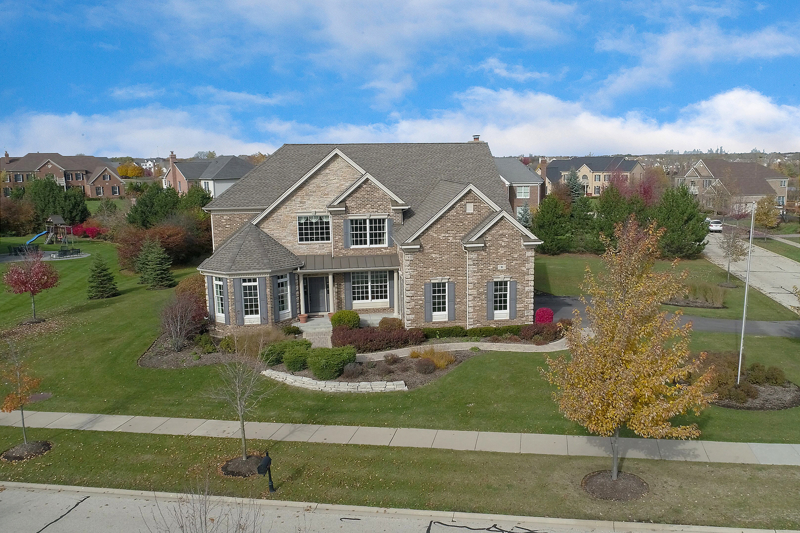 6 Doral Drive, Hawthorn Woods, Illinois 60047