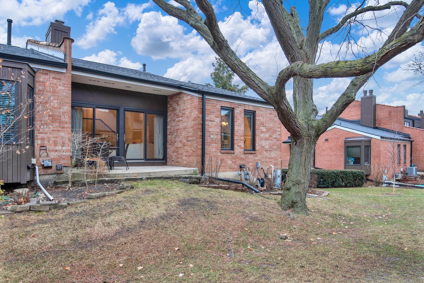 19w249 Gloucester, Oak Brook, Illinois, 60523