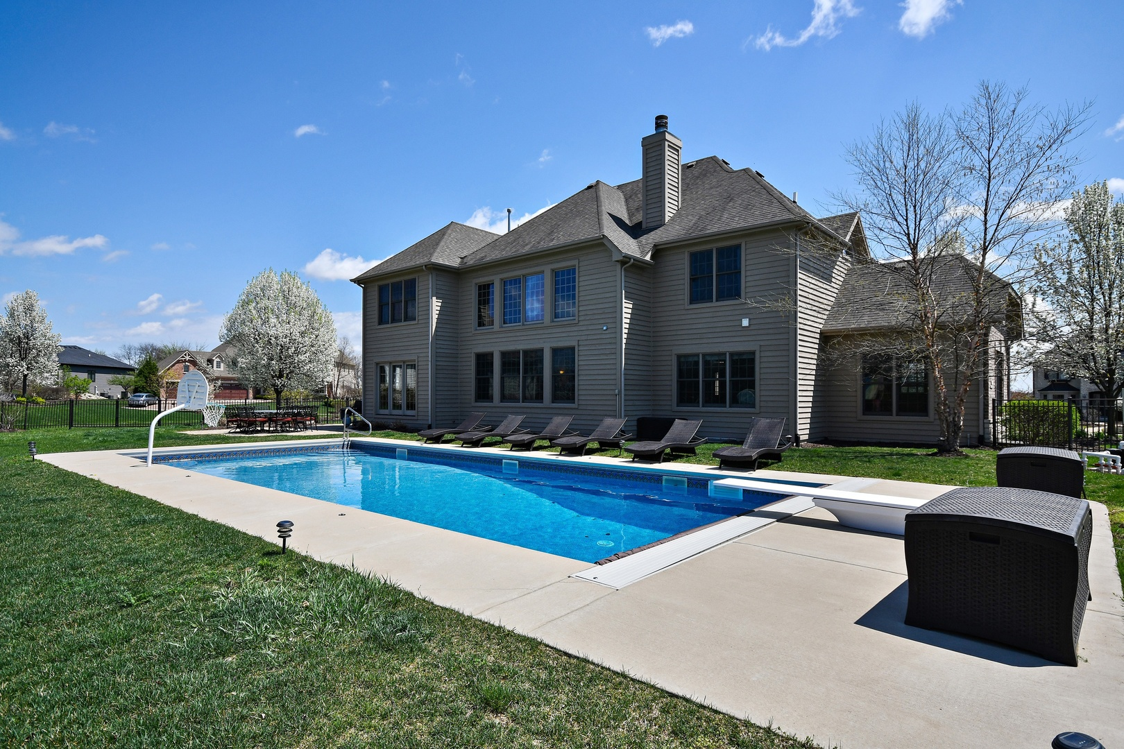 4025 River View, St. Charles, Illinois, 60174
