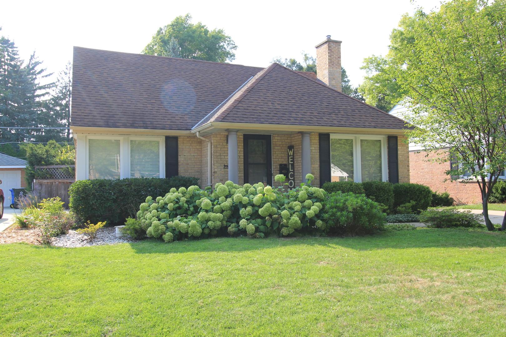 704 South ELMHURST, Mount Prospect, Illinois, 60056