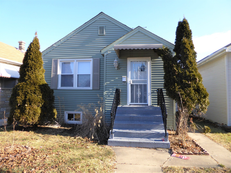 2451 N New England Exterior Photo