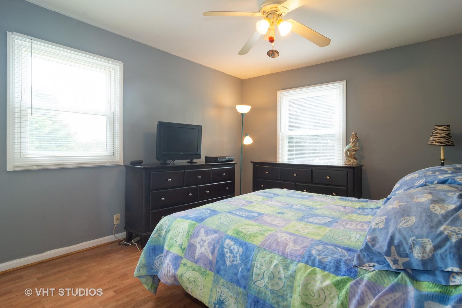 4401 MUMFORD, Hoffman Estates, Illinois, 60192