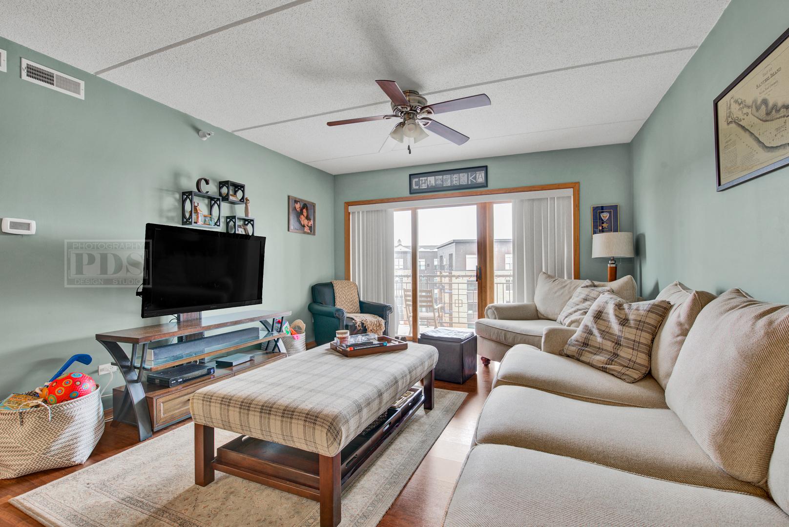 1 North BEACON 509, La Grange, Illinois, 60525