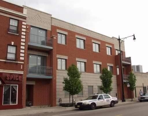 West Devon Ave., Chicago, IL 60660