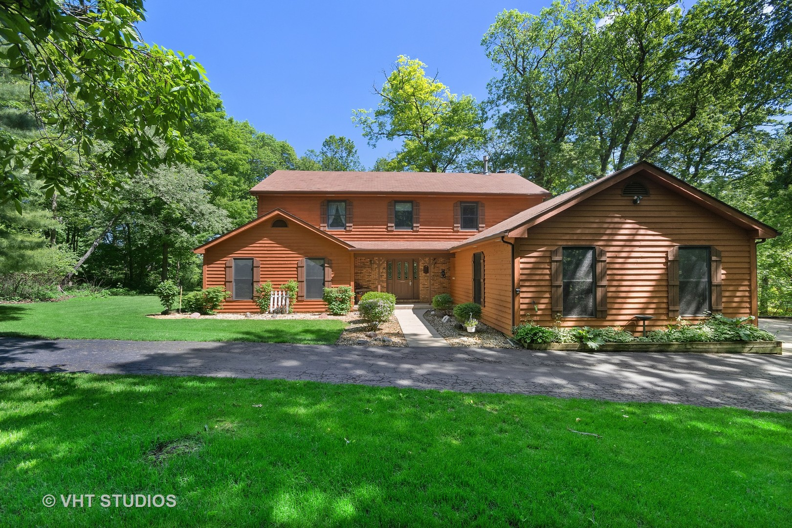 39W370  Mcdonald,  Elgin, Illinois