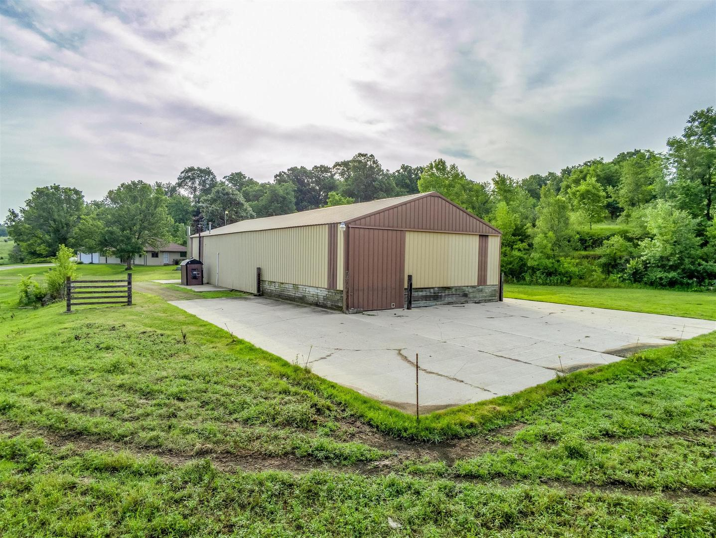 5861 West Empire, Mcconnell, Illinois, 61050