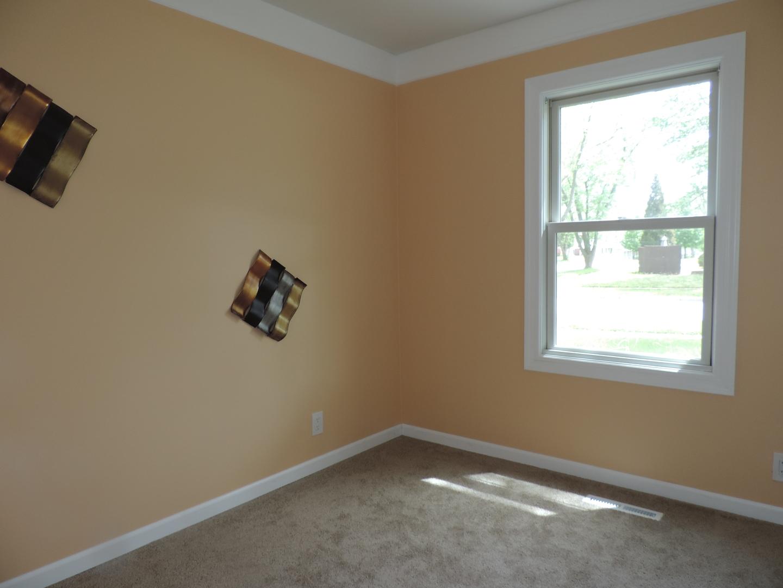 116 East Chestnut, STREAMWOOD, Illinois, 60107