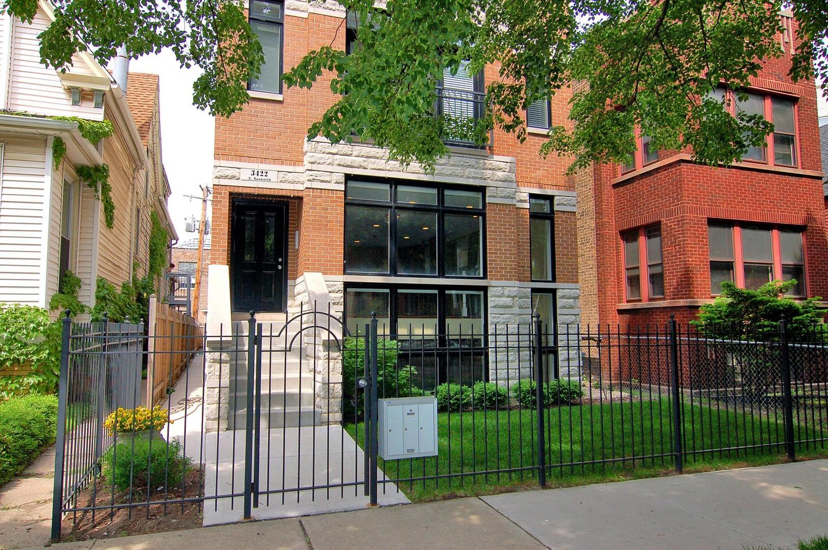 North  BOSWORTH Avenue, CHICAGO, IL 60657