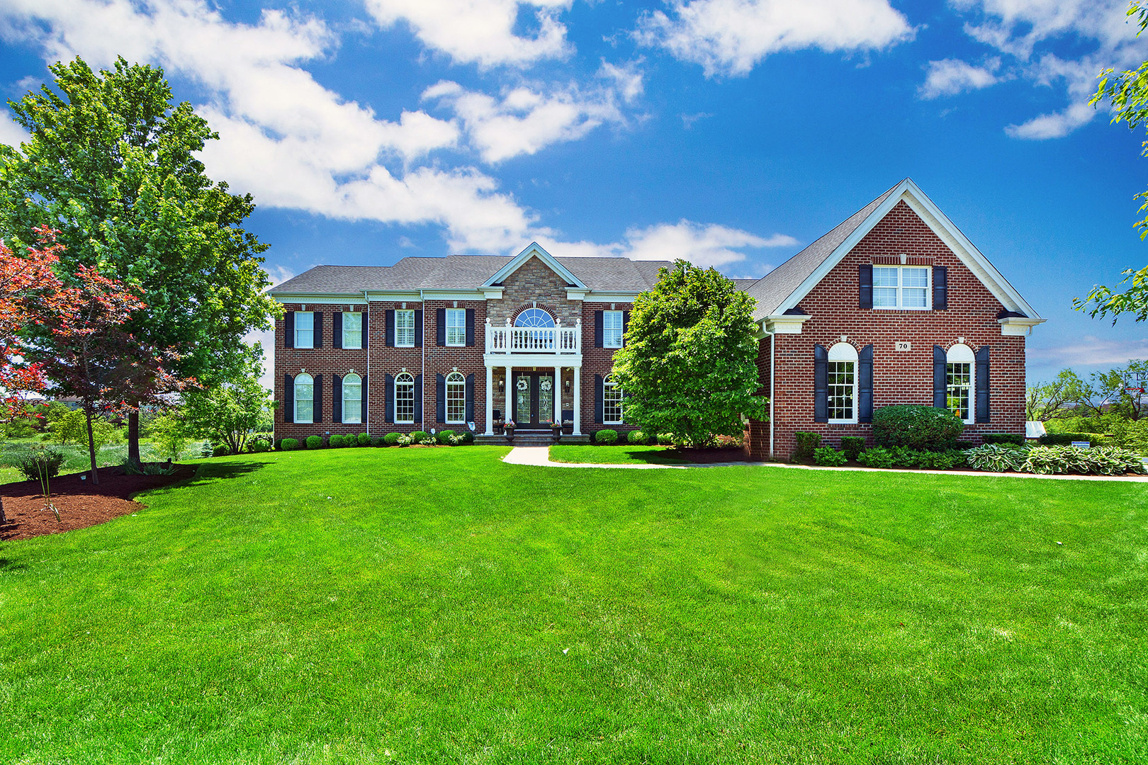 70 Tournament Drive, Hawthorn Woods, Illinois 60047