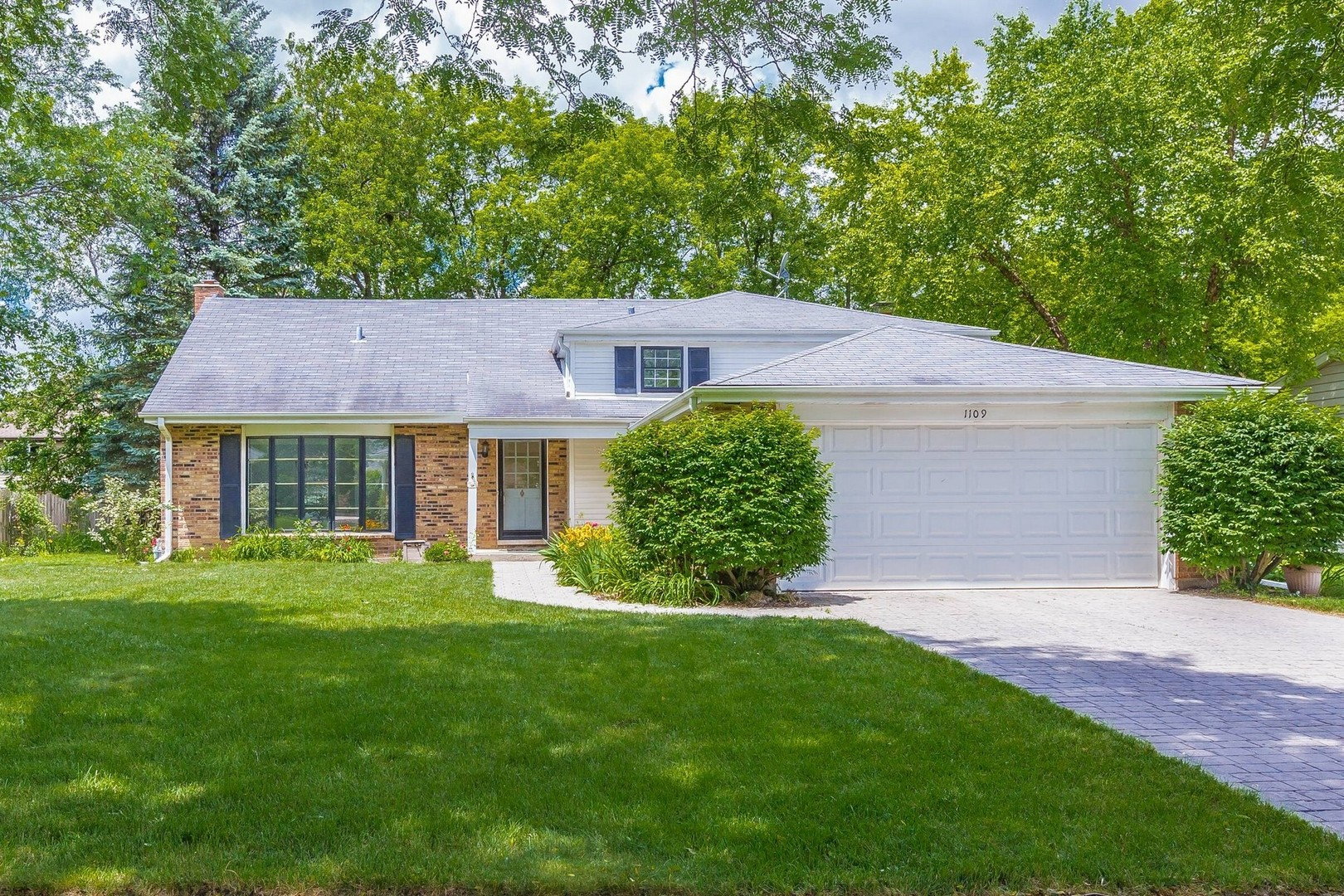 1109 Juniper, LIBERTYVILLE, Illinois, 60048