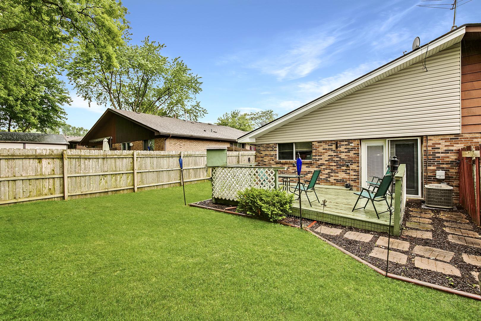 1236 FULTON, STREAMWOOD, Illinois, 60107
