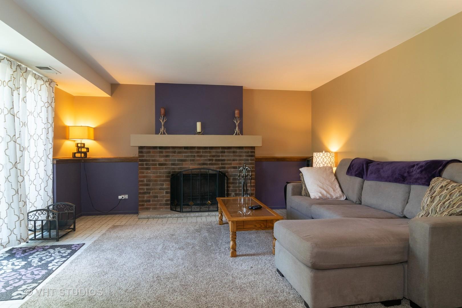 1180 Hygate, Roselle, Illinois, 60172
