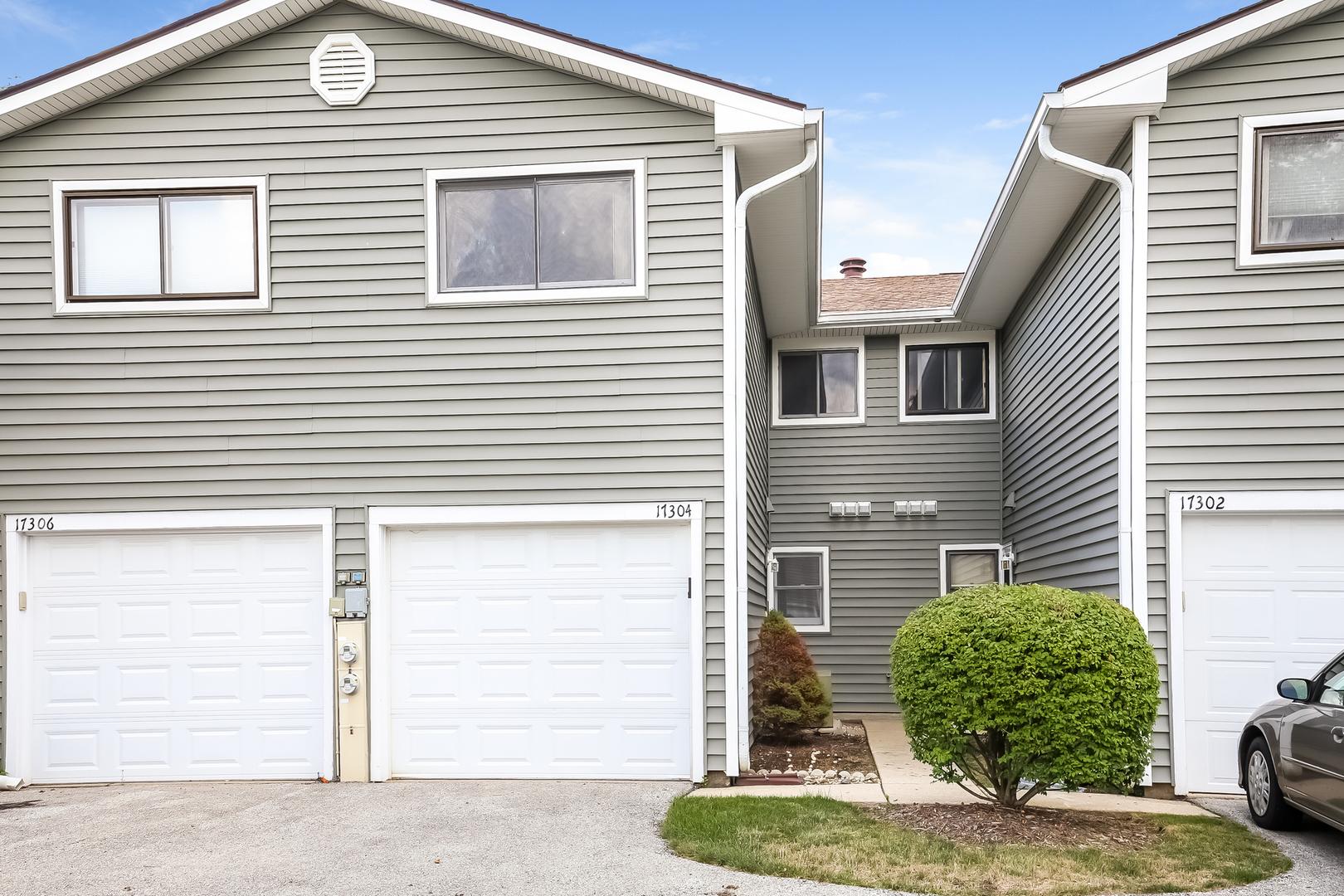 17304 West Maple Lane, Gurnee, Illinois 60031