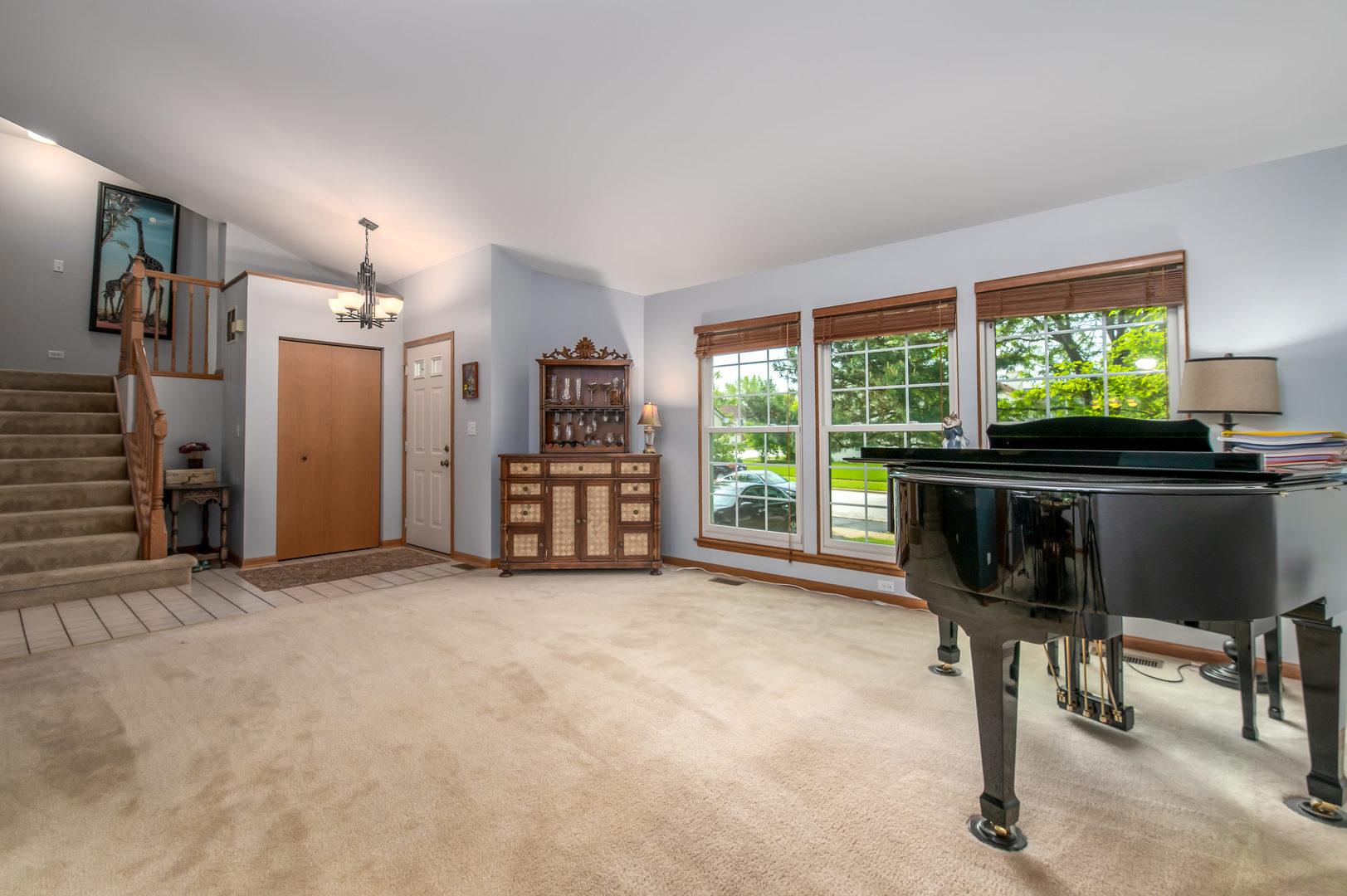 3500 GATEWOOD, AURORA, Illinois, 60504