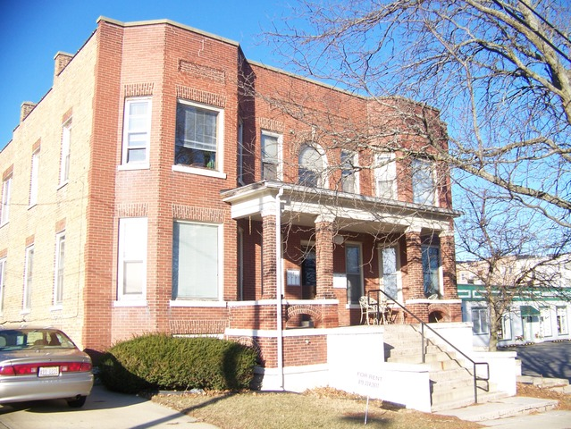 Property for sale at 216 South Jefferson Street, Woodstock,  IL 60098