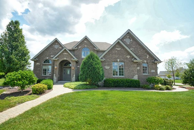 Property for sale at 21243 South Forest View Drive, Shorewood,  IL 60404