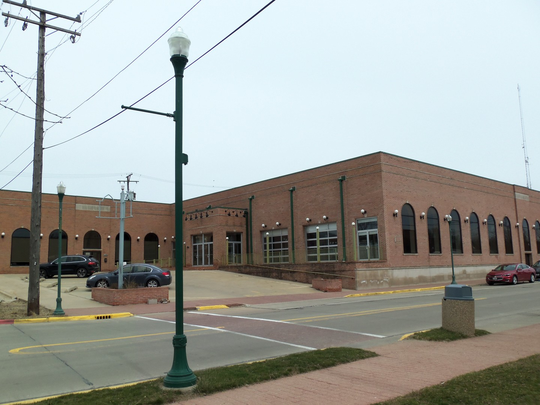 Property for sale at 110-130 West Illinois Avenue, Morris,  IL 60450