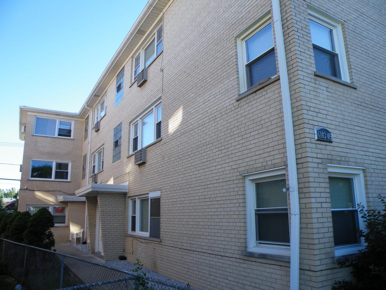 6103 W HIGGINS Exterior Photo