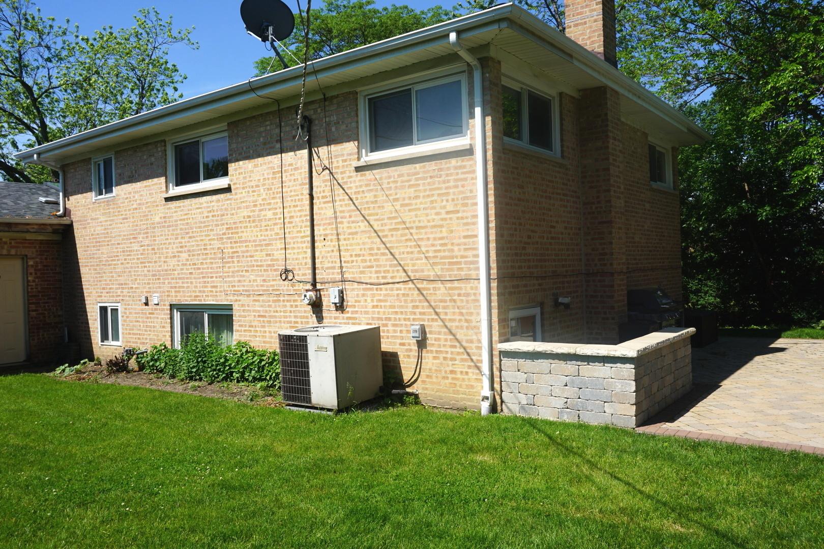 2540 Linda, Glenview, Illinois, 60025