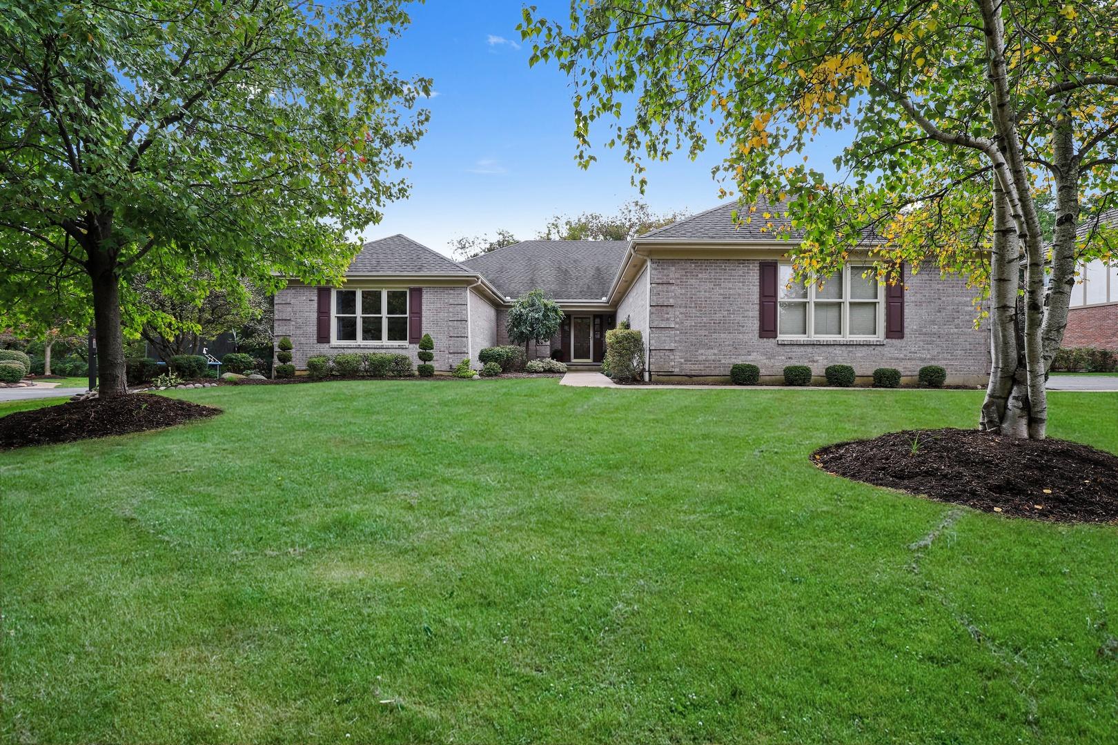 21205 West Creekside Drive, Kildeer, Illinois 60047