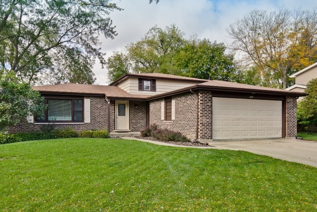 1115 Juniper Parkway, Libertyville, Illinois 60048