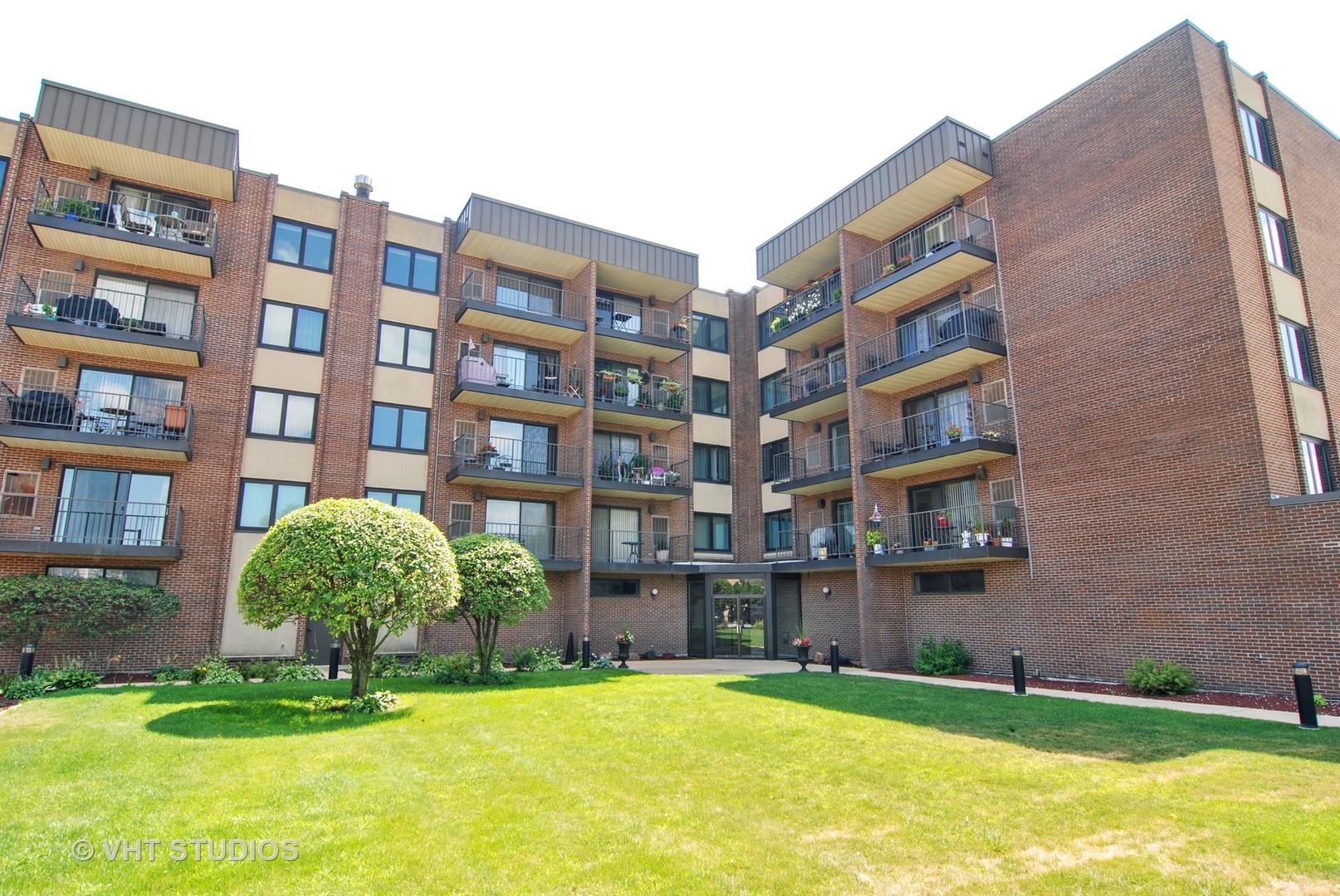 7707 W Irving Park Exterior Photo