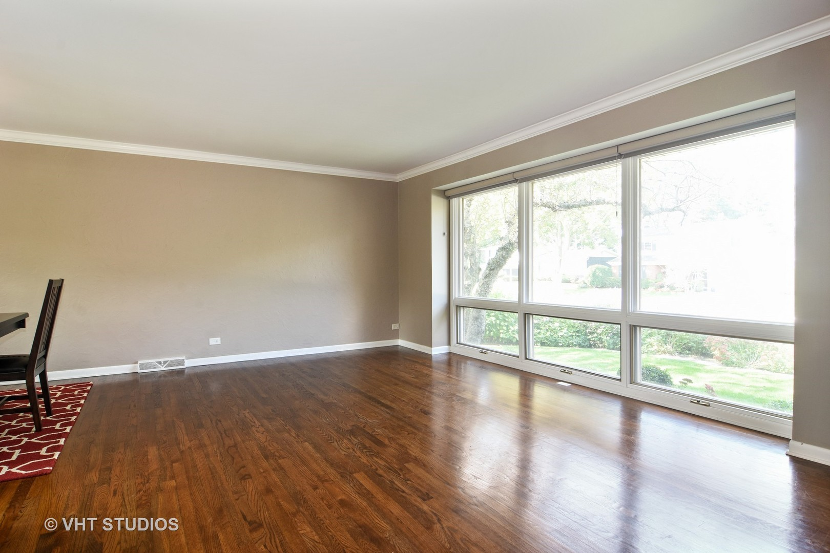 1305 East Campbell, ARLINGTON HEIGHTS, Illinois, 60004
