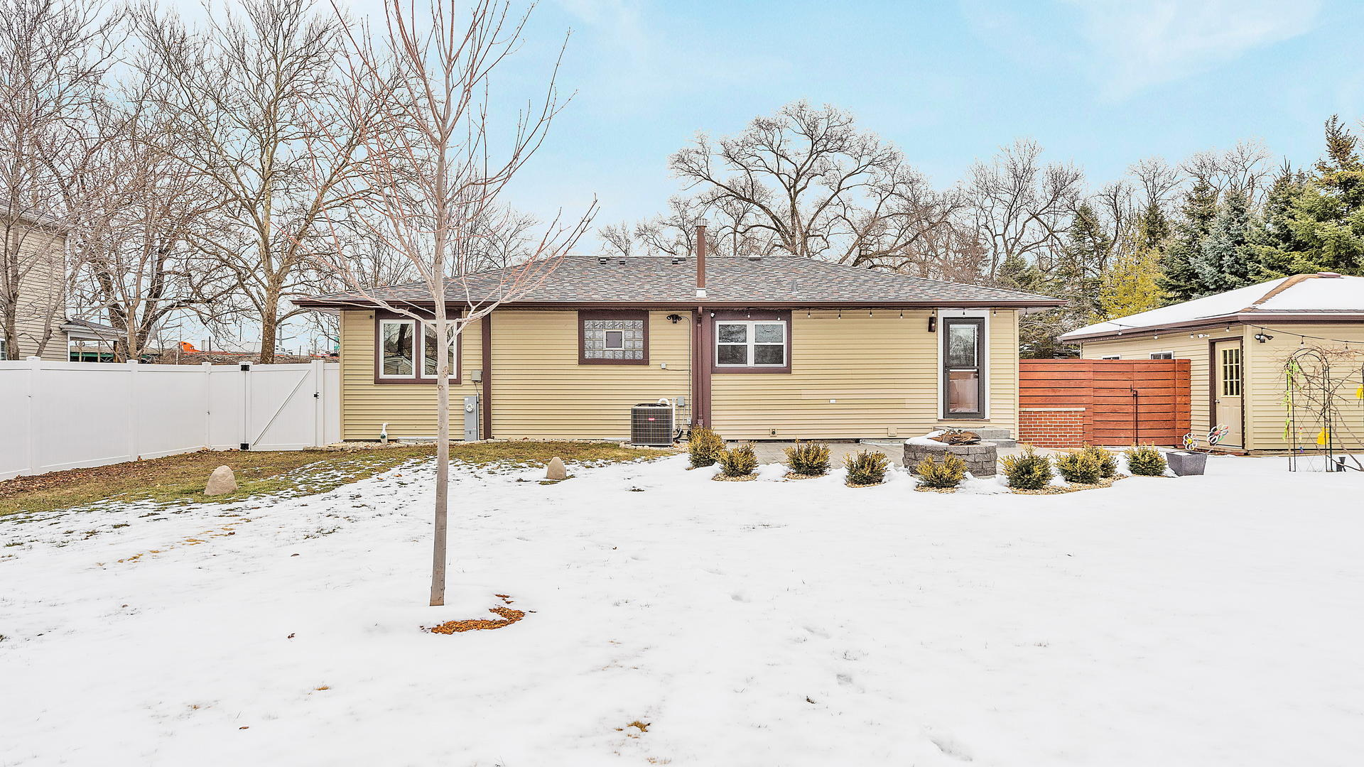 217 West Rust, Willow Springs, Illinois, 60480
