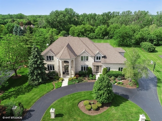 23486 West Newhaven Drive, Hawthorn Woods, Illinois 60047