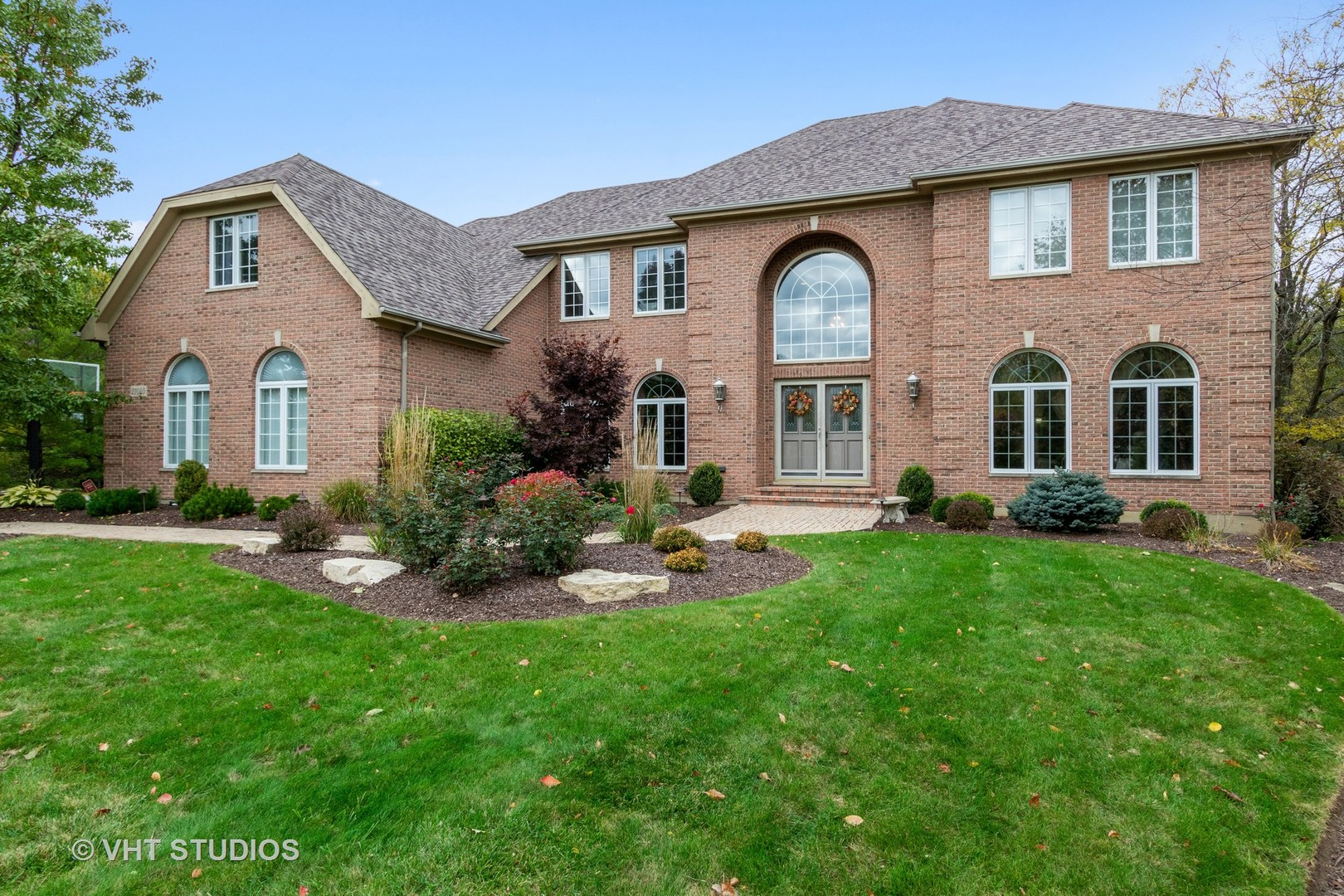 21040 West Creekside Drive, Kildeer, Illinois 60047