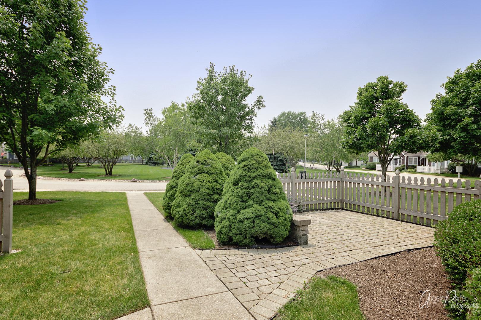 993 McKay, Grayslake, Illinois, 60030