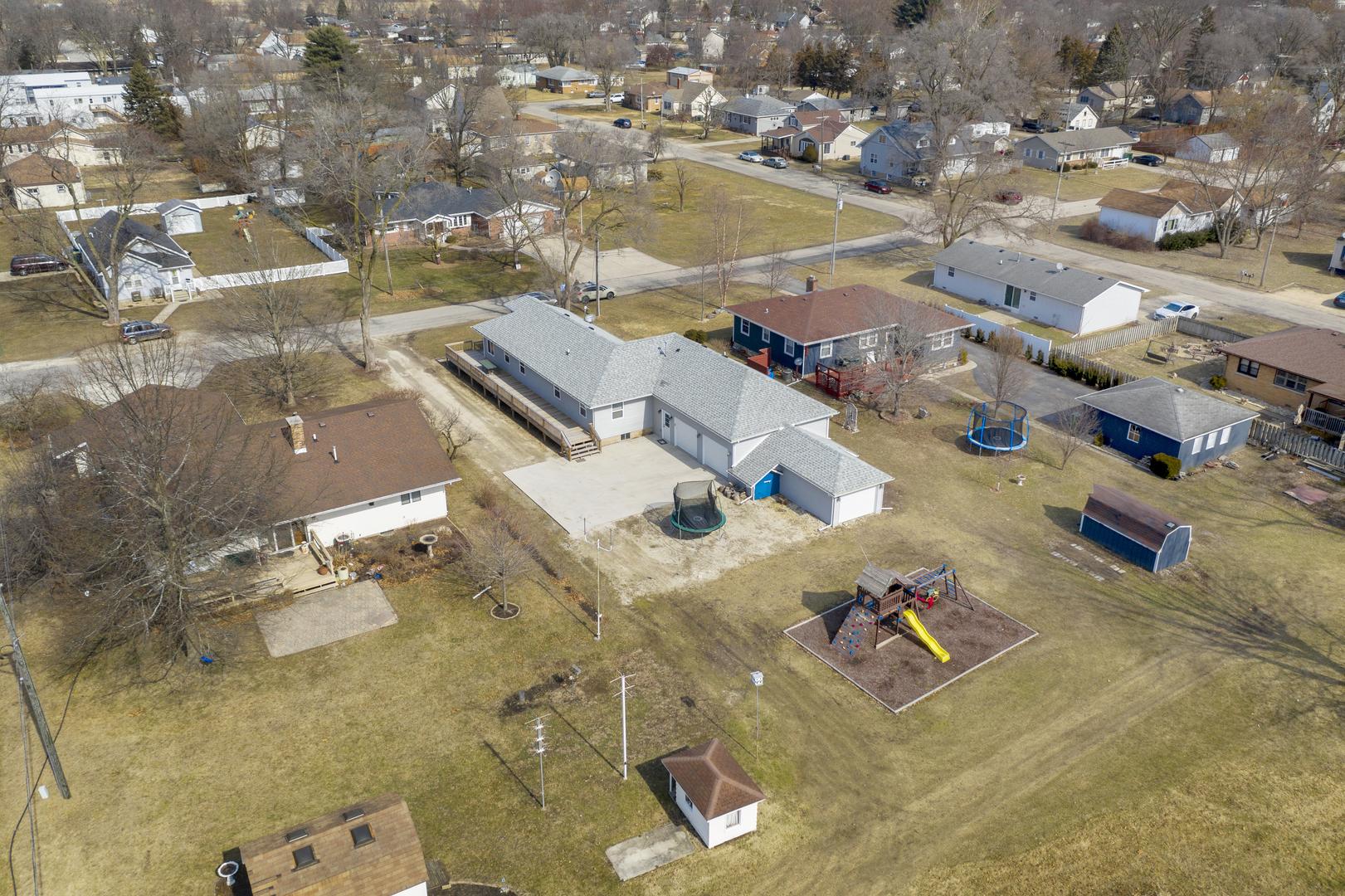 545 East 2nd, Coal City, Illinois, 60416