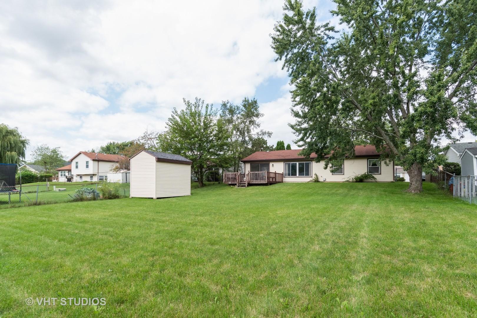 327 Musial, Bolingbrook, Illinois, 60440
