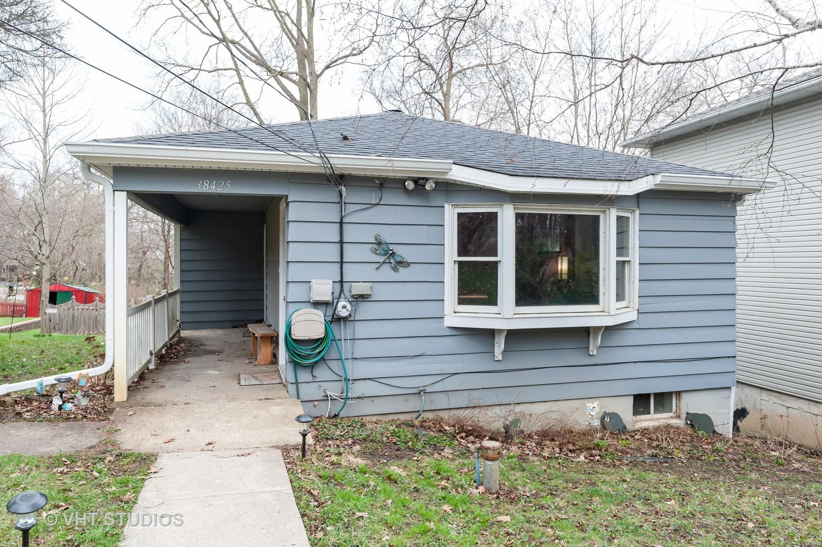 38425 North 3rd Avenue, Spring Grove, Illinois 60081