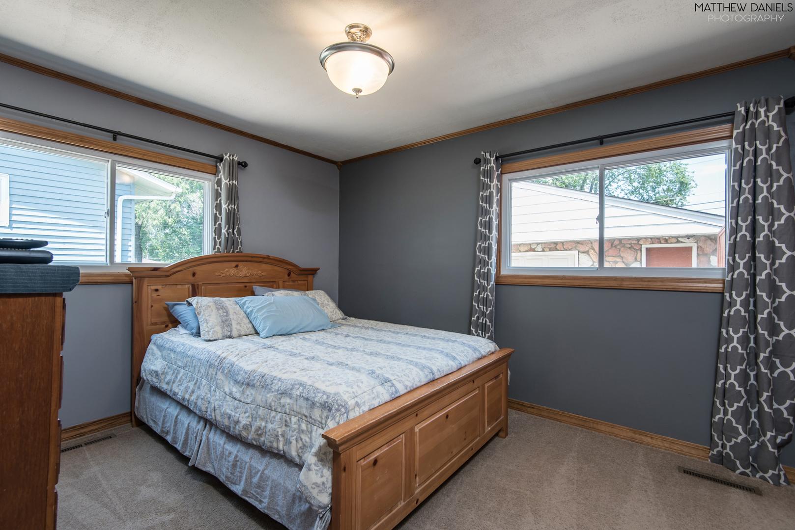 112 East Chestnut, STREAMWOOD, Illinois, 60107