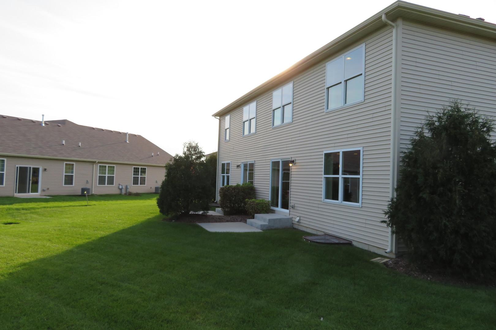 7125 Country Club Hills, Fox Lake, Illinois, 60020
