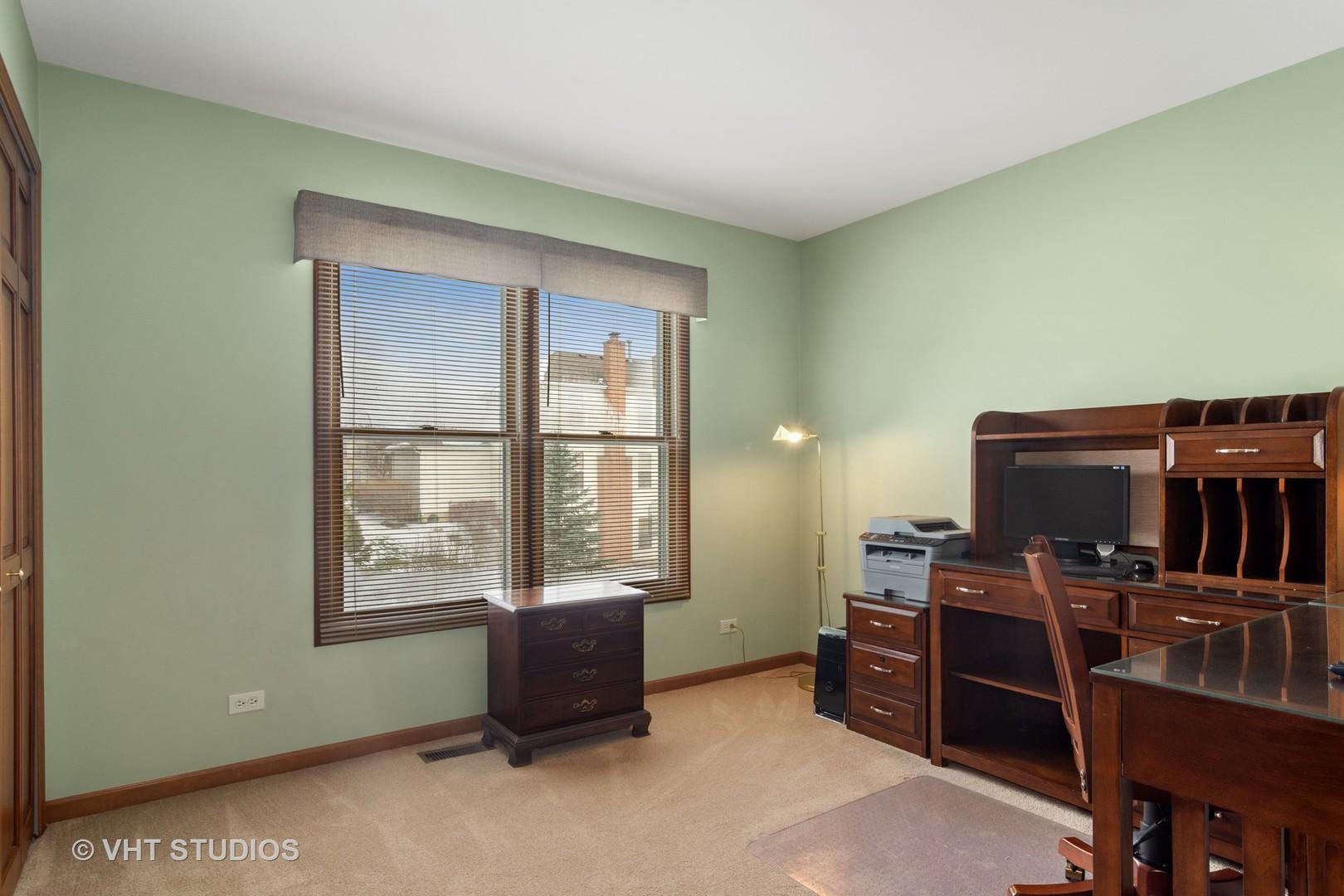 5240 Sawhorse, Hoffman Estates, Illinois, 60192