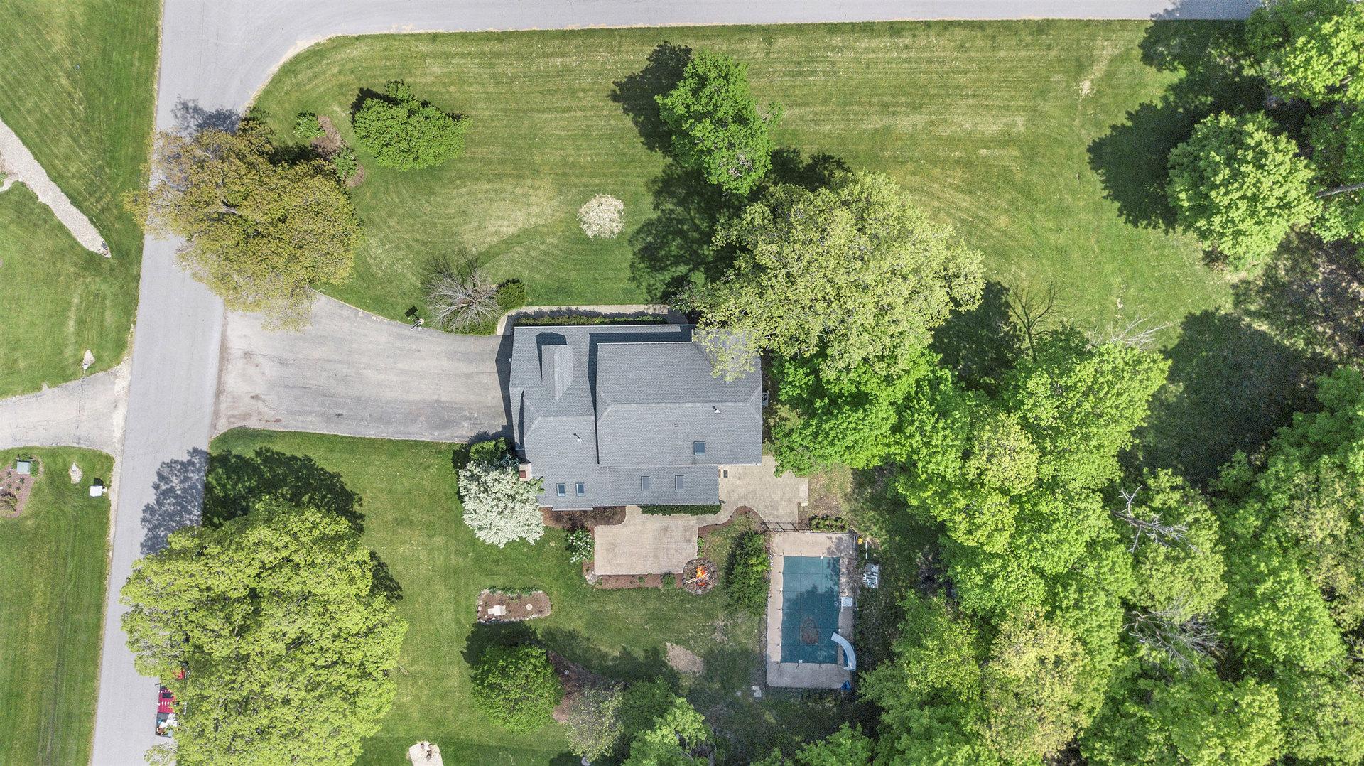 8 Crestview, Oswego, Illinois, 60543