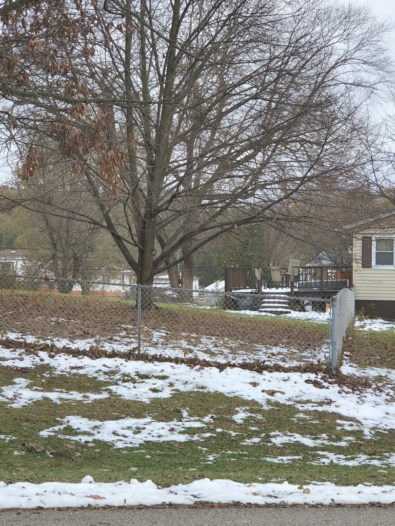 6008 Magnolia, Wonder Lake, Illinois, 60097