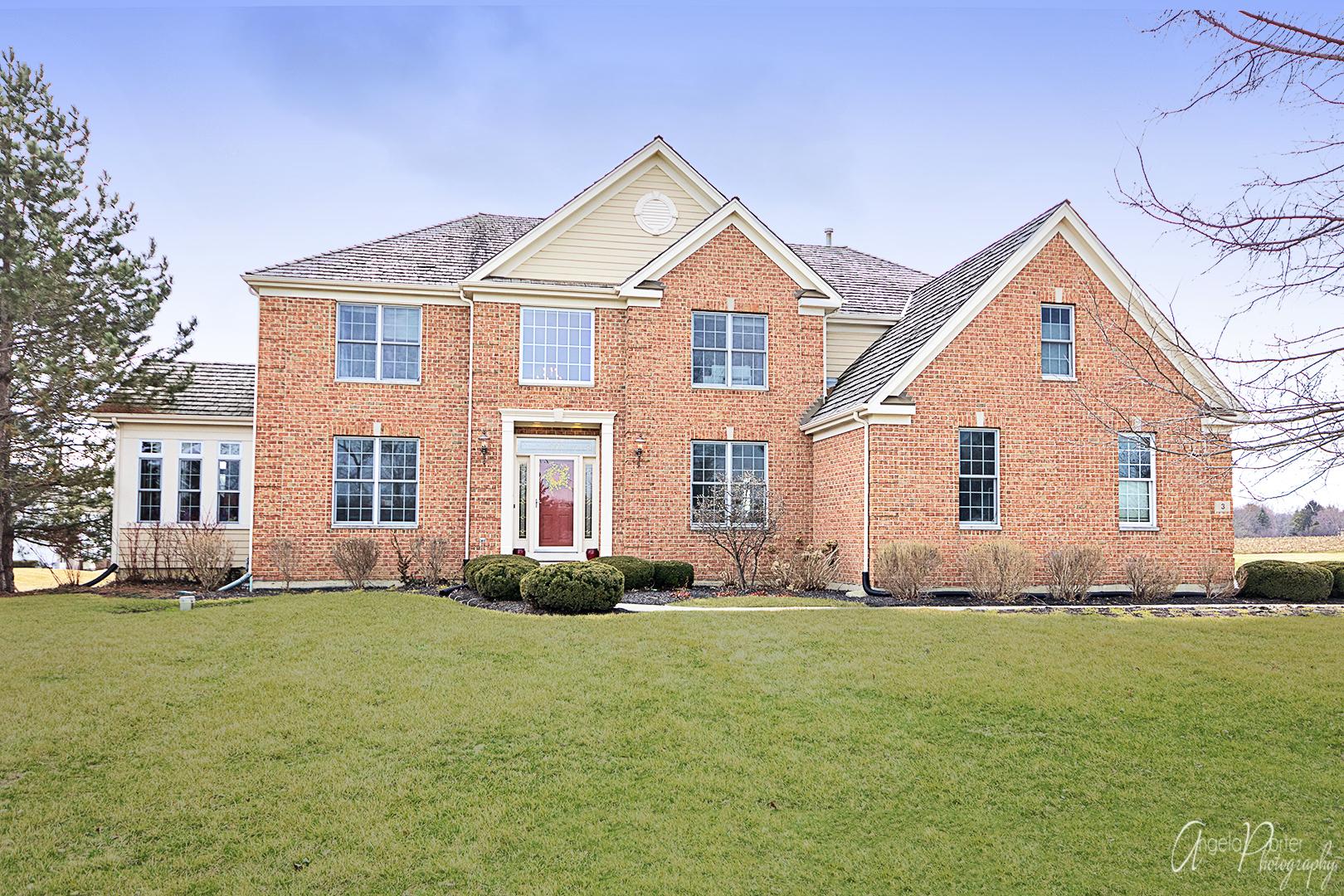 3 Kensington Court, Hawthorn Woods, Illinois 60047