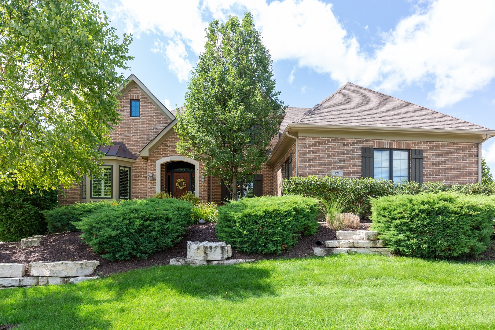 3691  Heathmoor,  ELGIN, Illinois