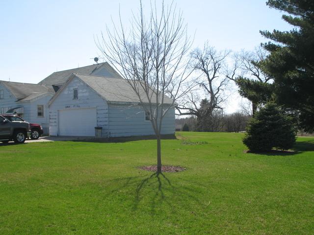 1236 E Eagle Lake Road, Beecher, IL 60401