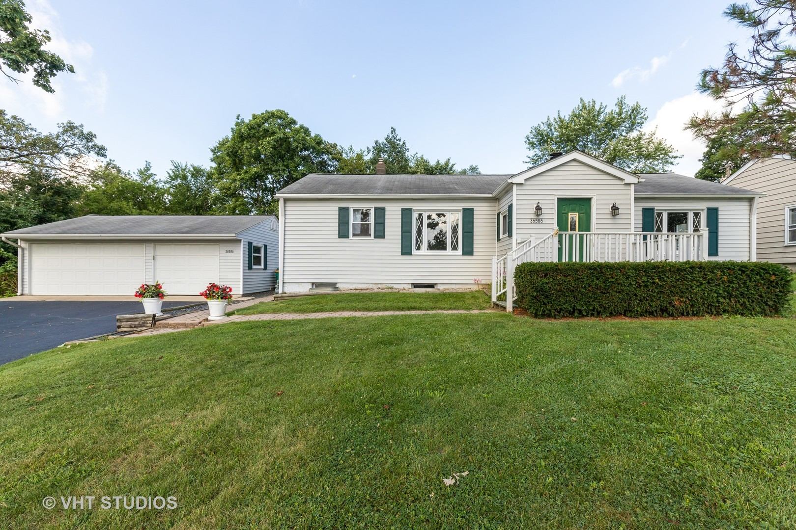 36586 North Wildwood Drive, Lake Villa, Illinois 60046