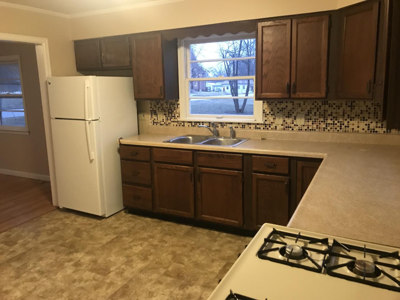 210 North Main, Saybrook, Illinois, 61770