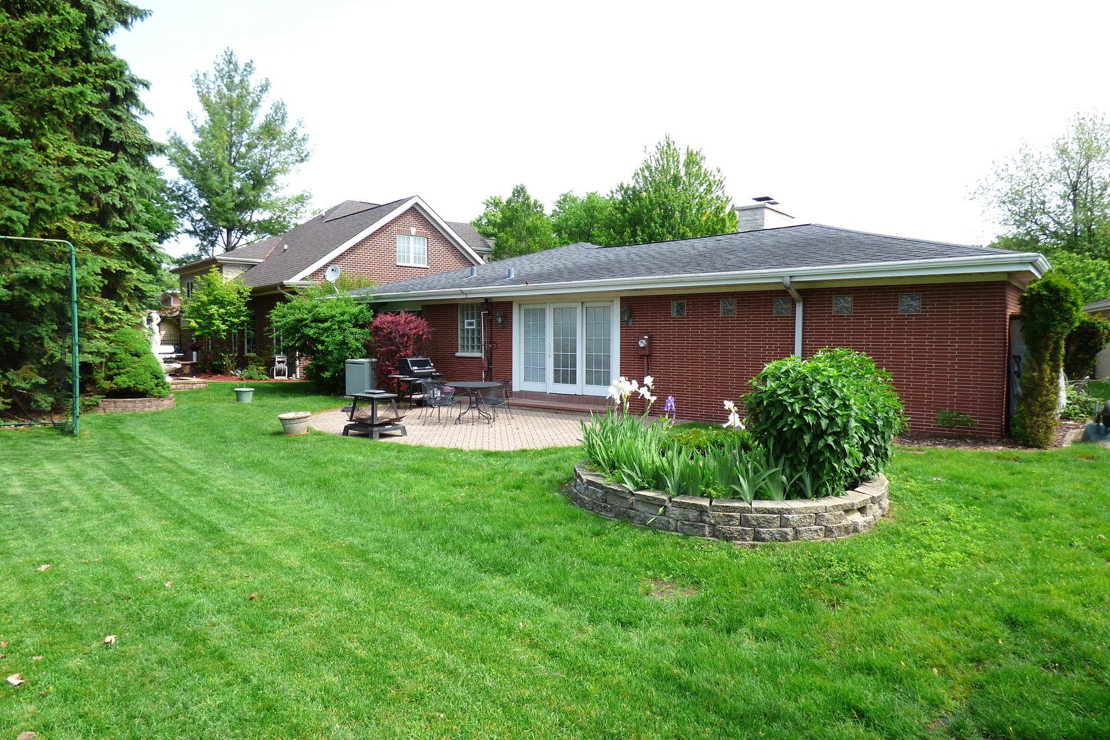 6844 North Concord, NILES, Illinois, 60714