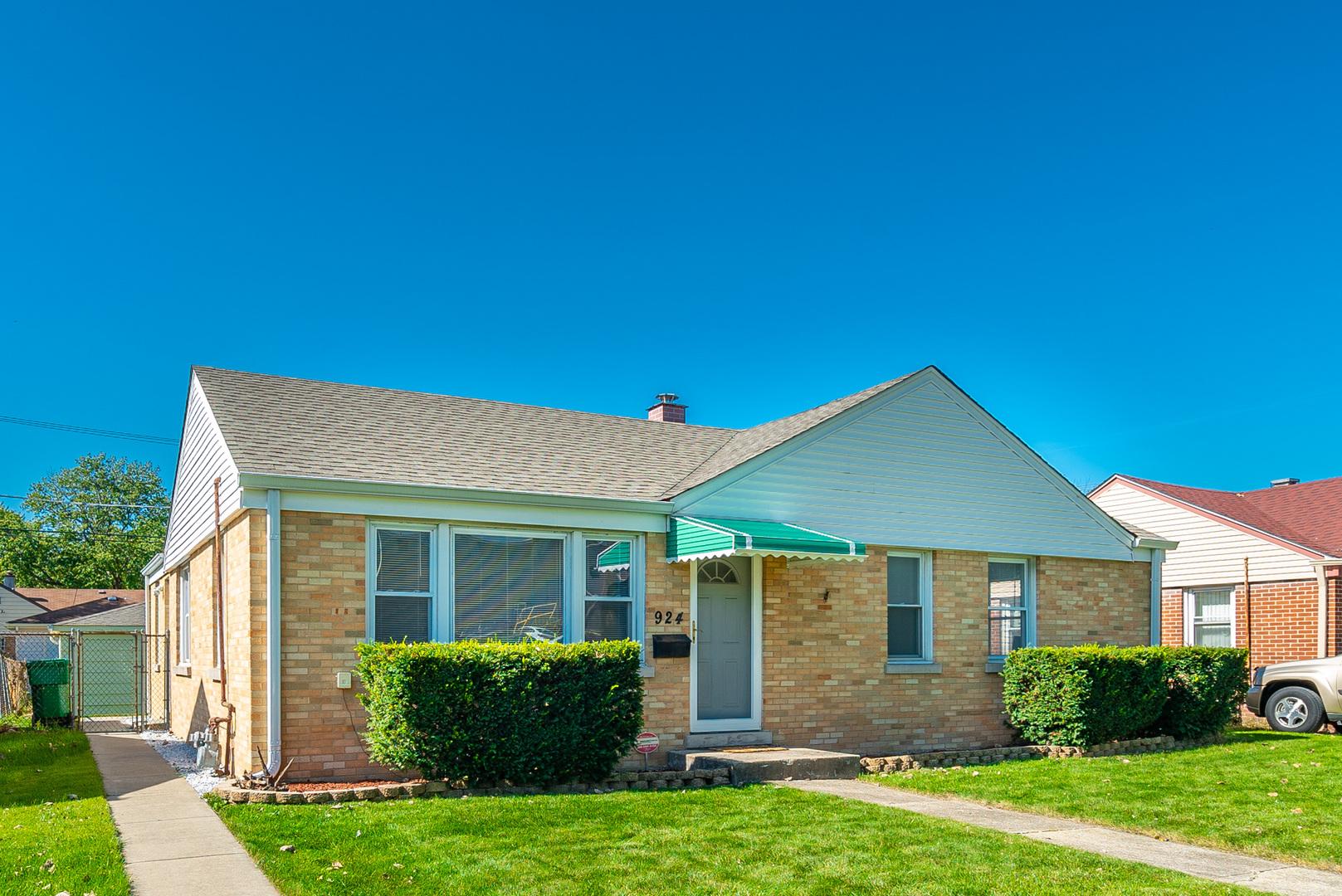 924 Gardner, Westchester, Illinois, 60154